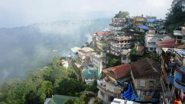 Darjeeling: Eat, pray and love the mountains