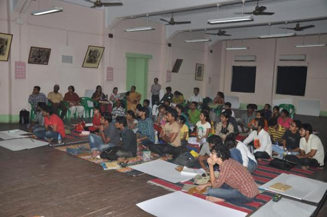 Kolkata: West Bengal State Akademi of Dance Drama Music, Visual Arts holds  ten-day workshop on 'Set Design in Different Media'
