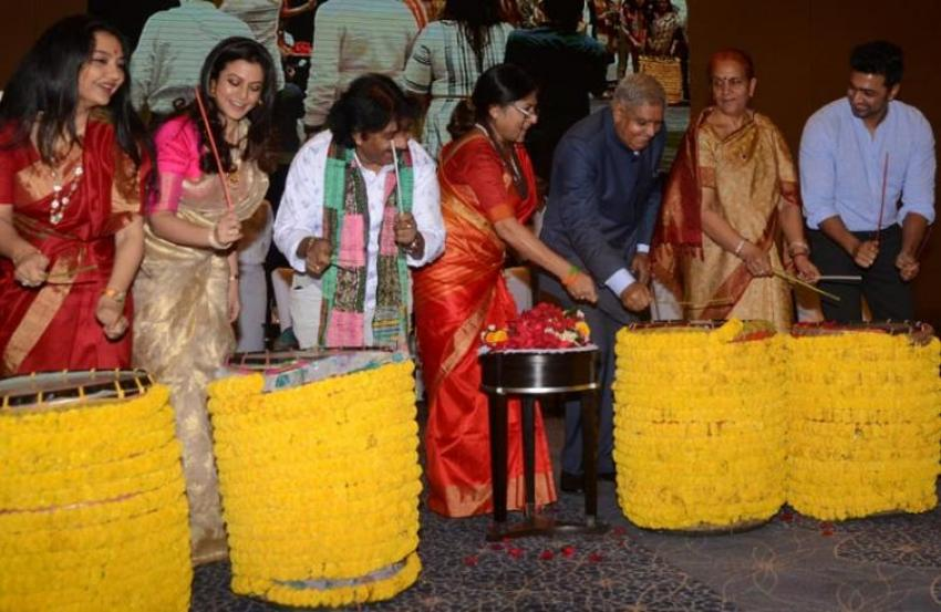 West Bengal Governor and city celebs play dhak to inaugurate Manicktala Chaltabagan `Dhak Utsav'