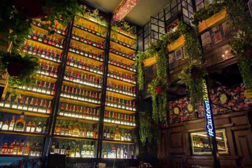 Canteen Pub & Grub: The contemporary adda den