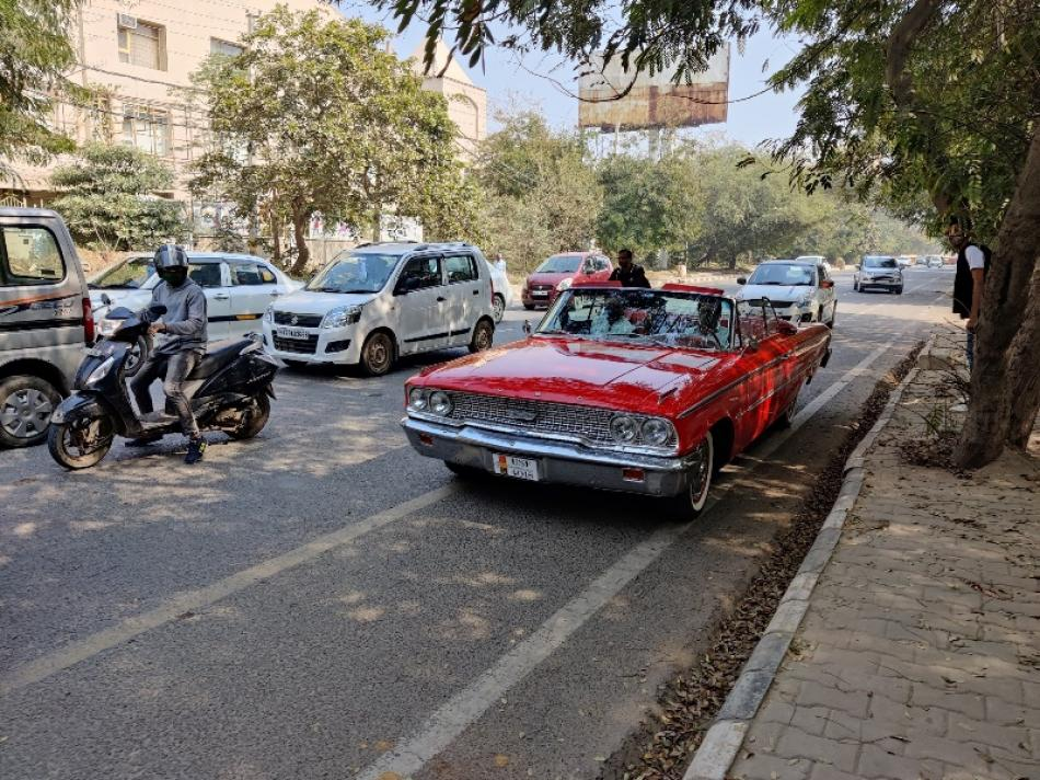 Images of the Day : Gurugram keeps Valentines date with vintage cars while spreading vaccination awareness