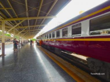 Want to have best train ride? Visit Thailand!