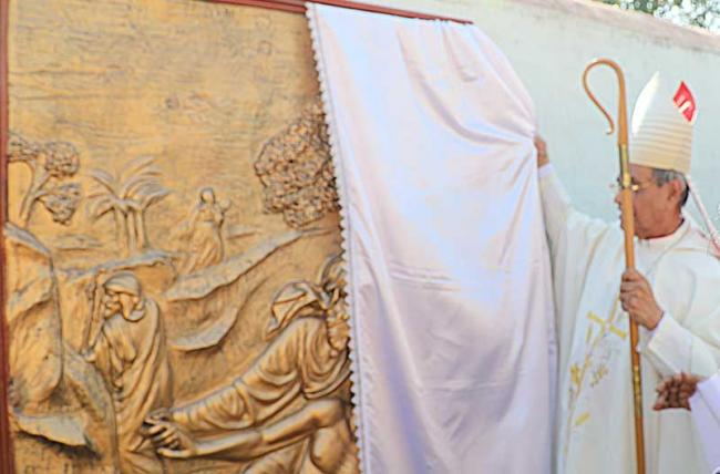 Bandel Church in West Bengal marks `World Day of the Sick' with healing prayers, mural