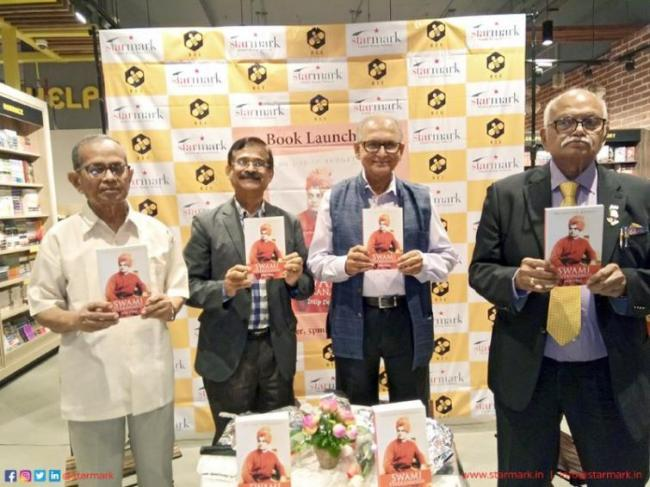 Starmark, in association with Bee Books, hosts the launch of Dilip Datta's book 'Swami Vivekananda: On Life to Budget'