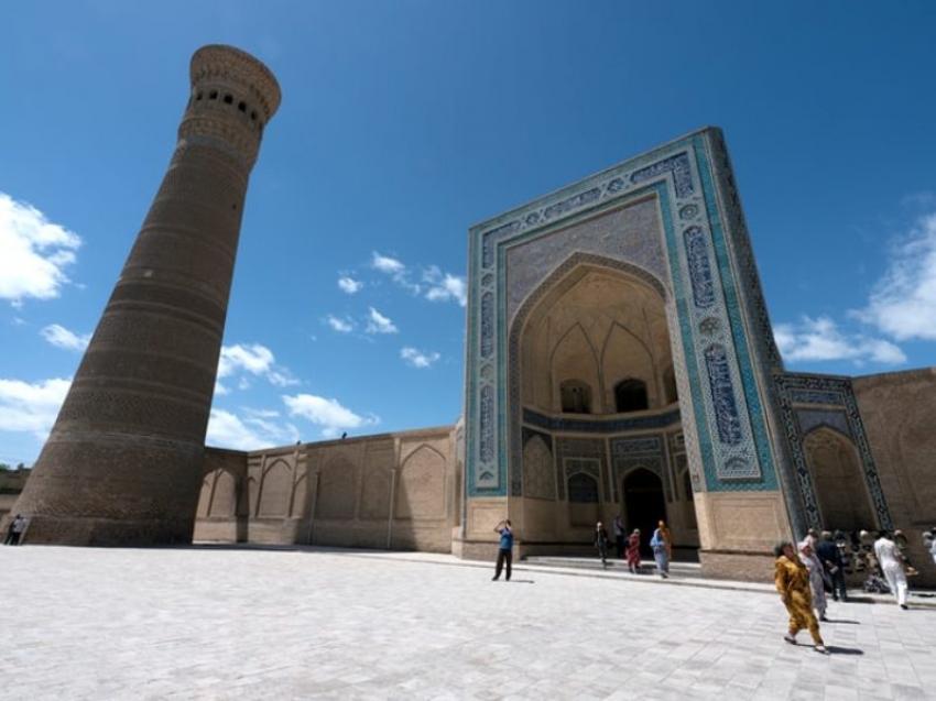 Uzbekistan to resume int'l tourism next month