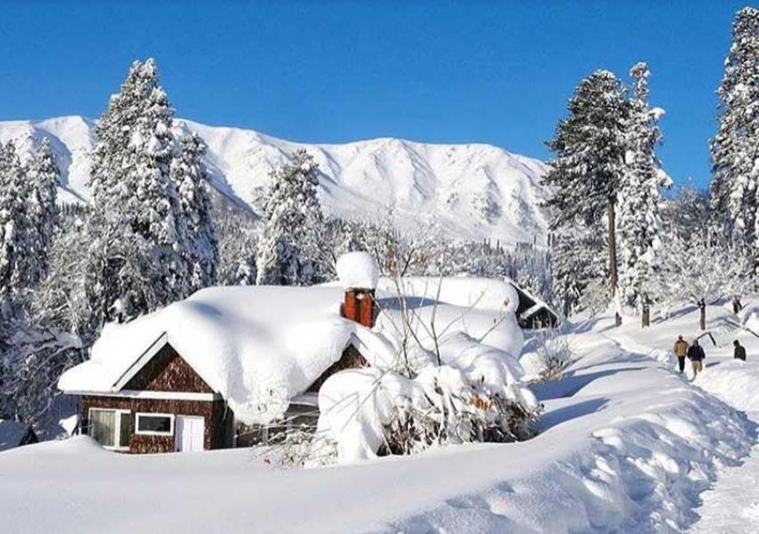 J&K: Gulmarg hotels sold out as tourists return to Valley
