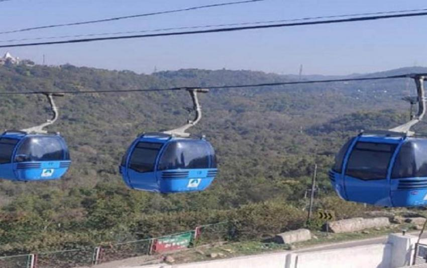Jammu and Kashmir: Tourism Deptt hosts cultural evening at Bahu Gandola station