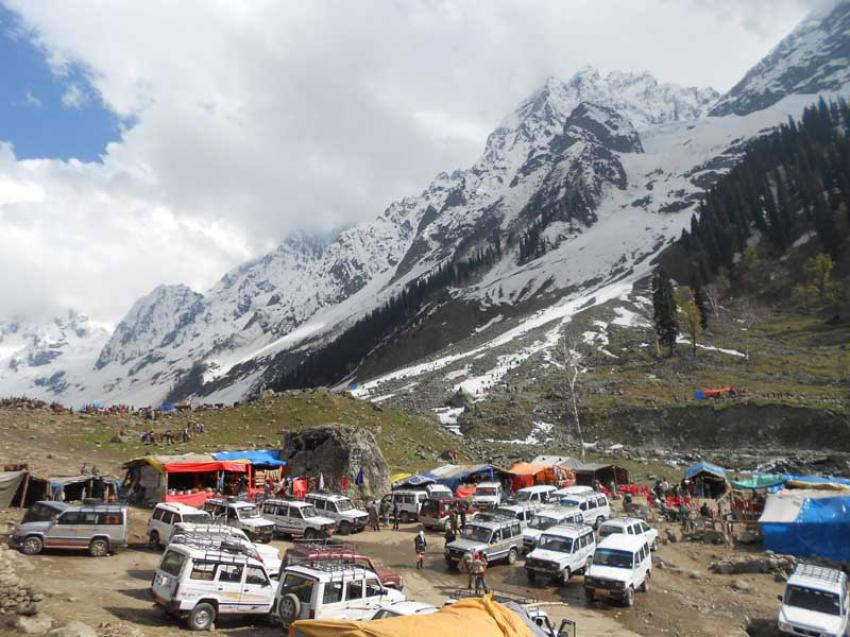 Sonmarg in Kashmir closed for day picnickers for next two weekends to prevent COVID resurgence