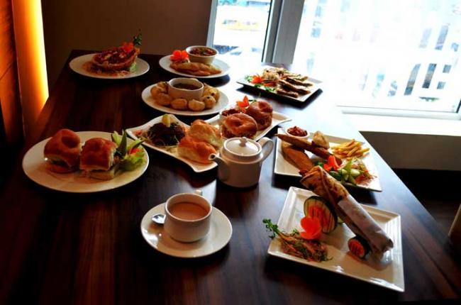 Kolkata eatery hosts street food festival